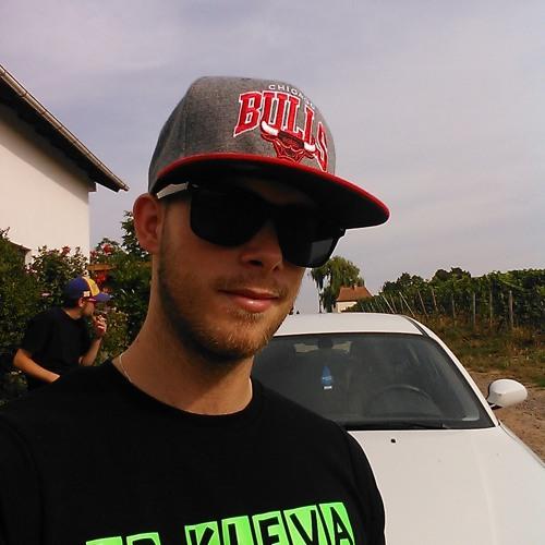 LPKleva - MRE*DJ's avatar