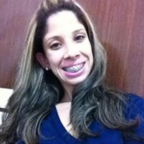 Carolina Pezzato's avatar