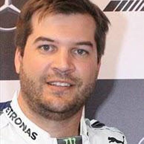 Eduardo Schneider's avatar
