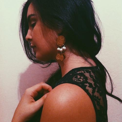 Maha Smati's avatar
