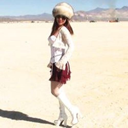 Vivianne Love's avatar