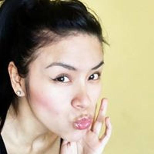 Maria Esther's avatar