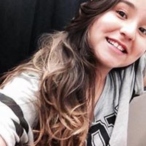 Clara Campos's avatar