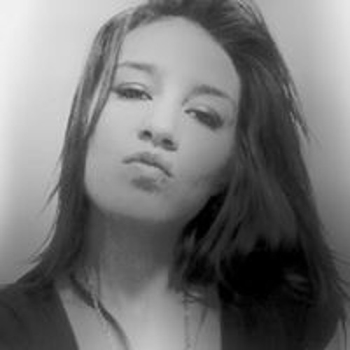 Crystal Rose's avatar