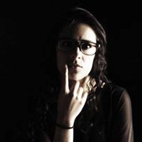 KaRla Sanchez's avatar