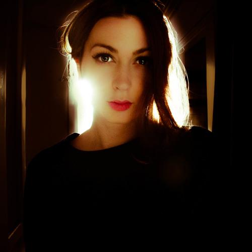 Luiza Popa's avatar