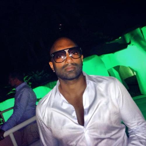 i_am_banu's avatar