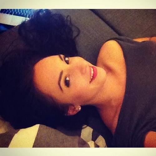 Marie Mtz's avatar