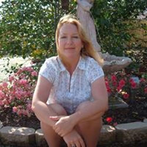 Carolyn Darney's avatar