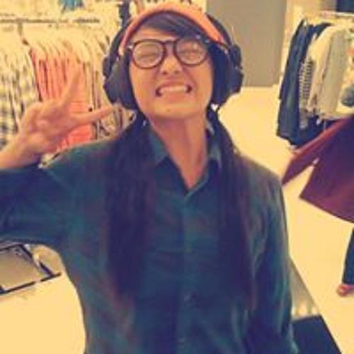 Josephine Vang's avatar
