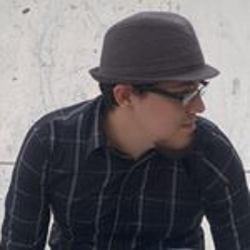 Oscar Quiñones's avatar
