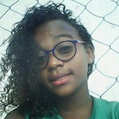 Paloma Matos's avatar