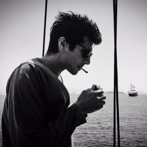 Deniz Özaydın's avatar