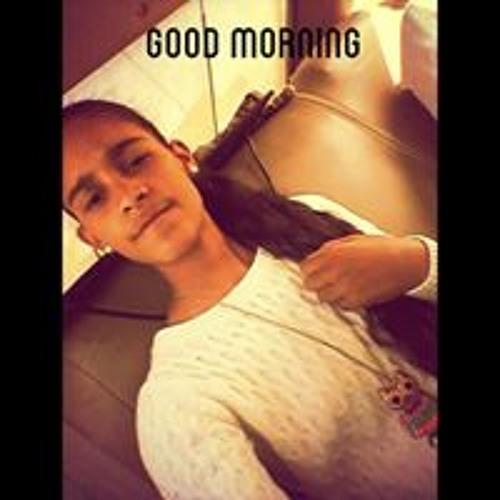 Nadine Walid's avatar