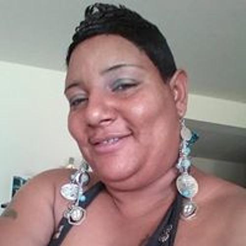 Carlene Booth's avatar