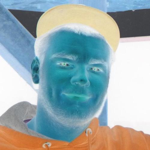 Tom Hawek's avatar