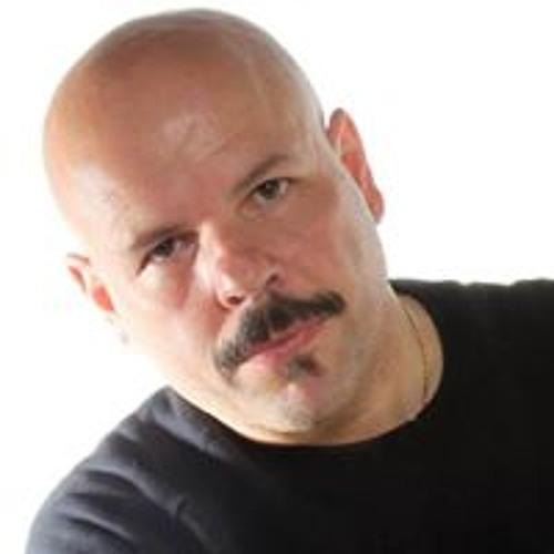Riccardo Vello's avatar
