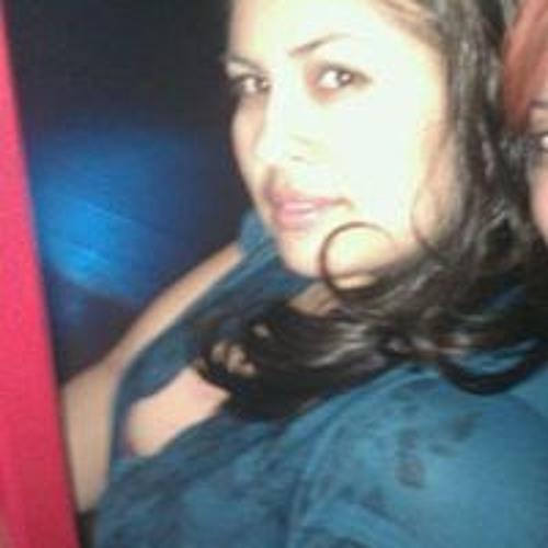 Rachel Larios's avatar