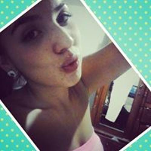 Karina Monroy's avatar