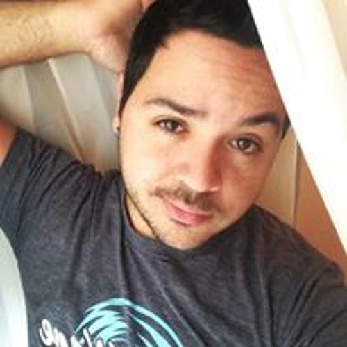 Luis Rosario's avatar