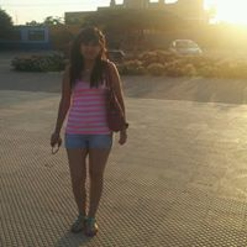 Ana Carolina Bustamante's avatar