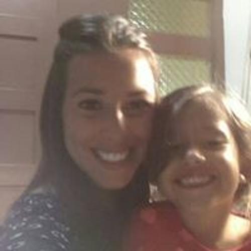 Nicole Hernández's avatar