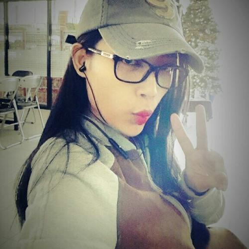 Putriwijaya25's avatar