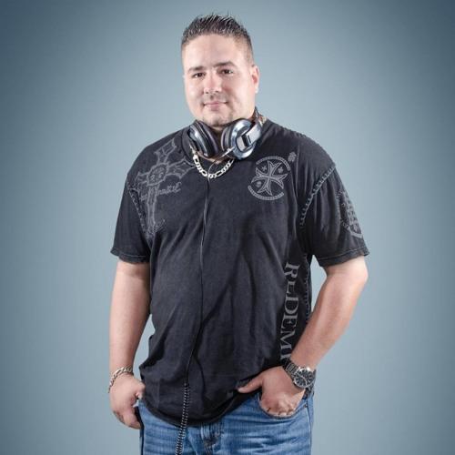 Dj Dennis Lopez ★'s avatar