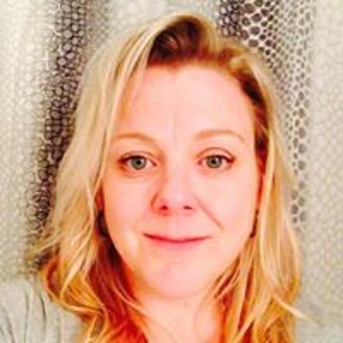 Annie Larente's avatar