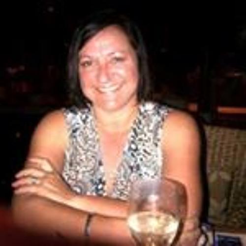Lyn Holland's avatar