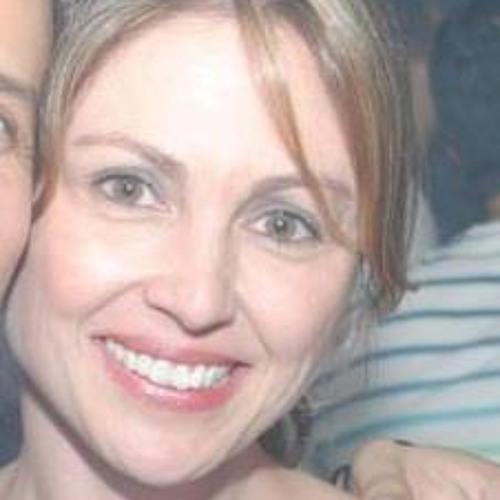Andrea Ganho's avatar