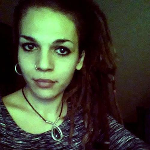 clarabellla's avatar