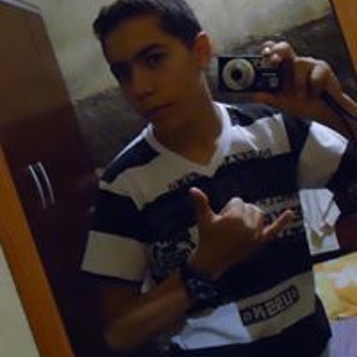 Alysson Gomes's avatar