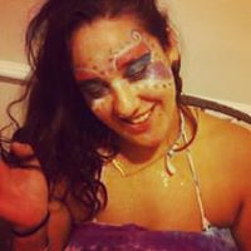 Nina Flores's avatar