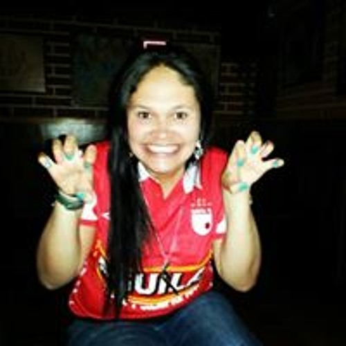 Lore Alvarado's avatar