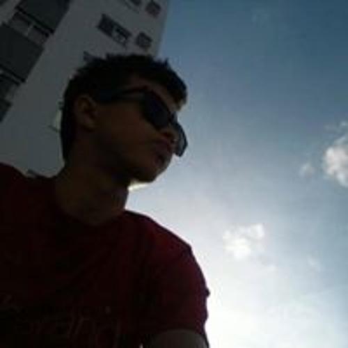Felipe Carl's avatar