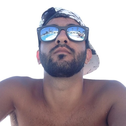Loucas Pavlides's avatar