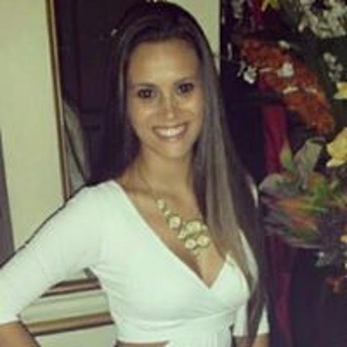 Mariana Neves Gasparini's avatar