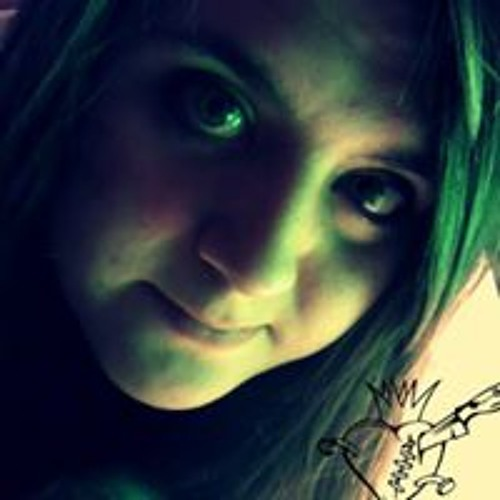 Emily Croy's avatar