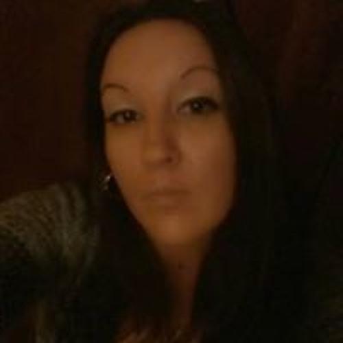 Sarah Benatti's avatar