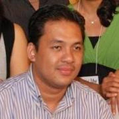 Joel Clamor's avatar