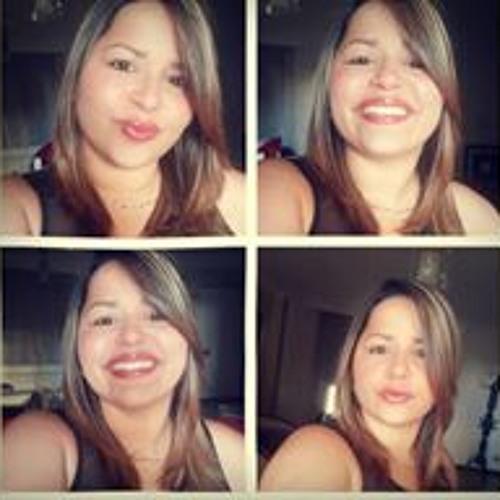 Stephanie Torres Calderón's avatar
