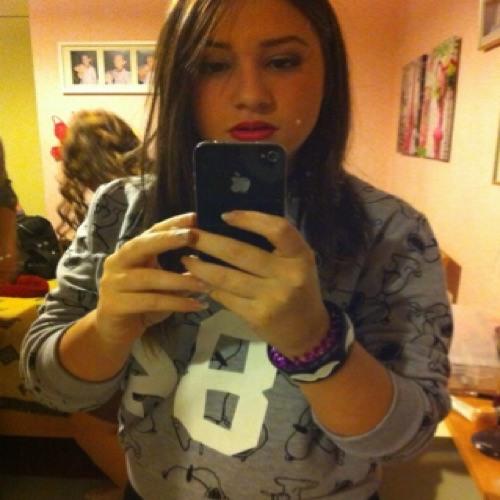 Maria Newlife's avatar