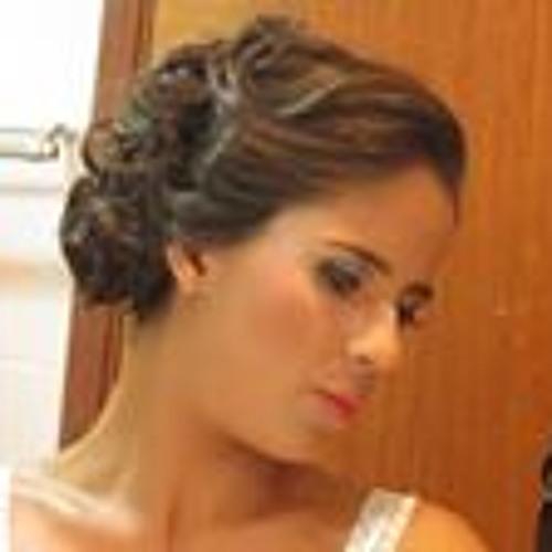 Camila Souza Alves's avatar