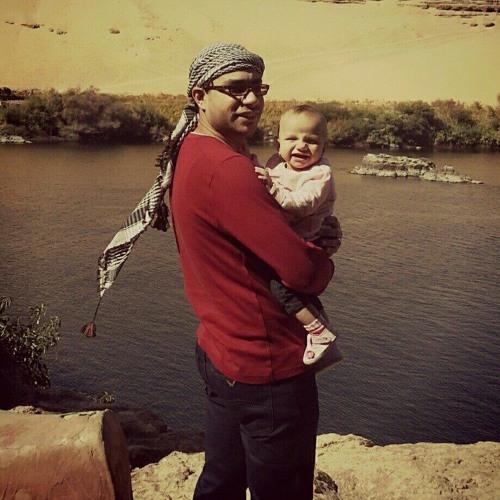 ayman hassan's avatar