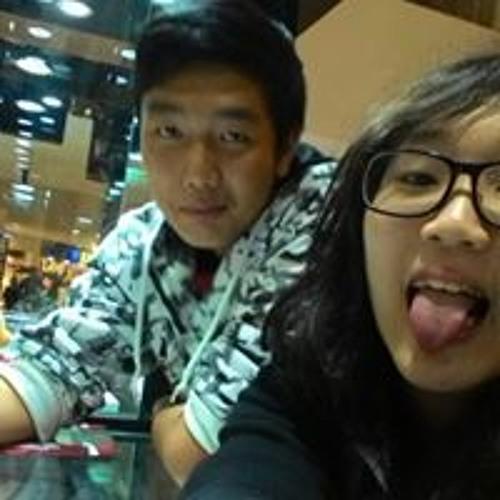 Calvn Chong's avatar