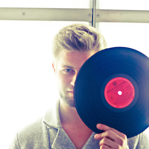 Pawel (Official)'s avatar