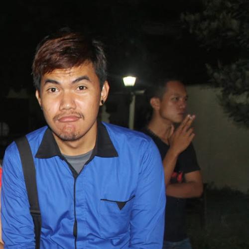 Henhen Rampayo's avatar