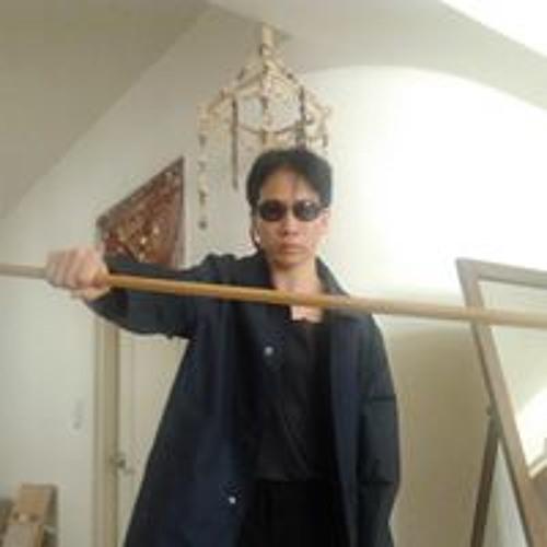 Regan Lu Shieh's avatar