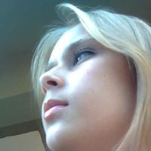 Gabriela Caixeta's avatar